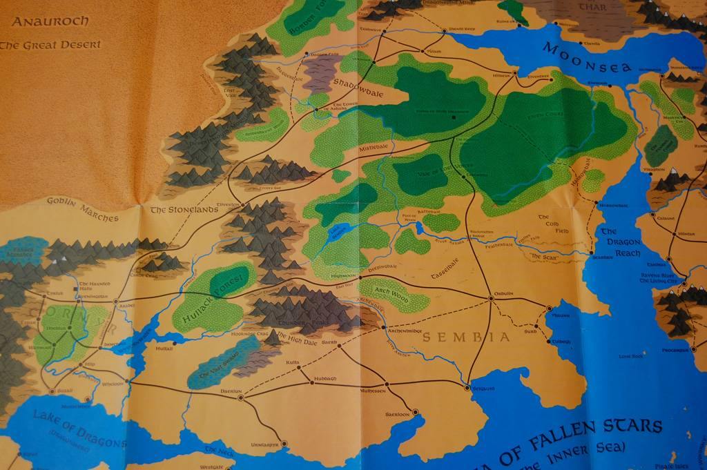 4th edition forgotten realms campaign guide review big changes for completeness sake here are large images of the entire new map the 3rd edition map and the old grey boxs gumiabroncs Image collections